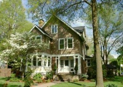 219 Quaker Road $820,000